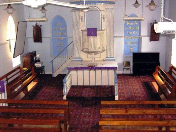 Kirche in Lobethal 14  12  2004_edited